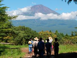 富士山麓の自然環境に恵まれた実習施設